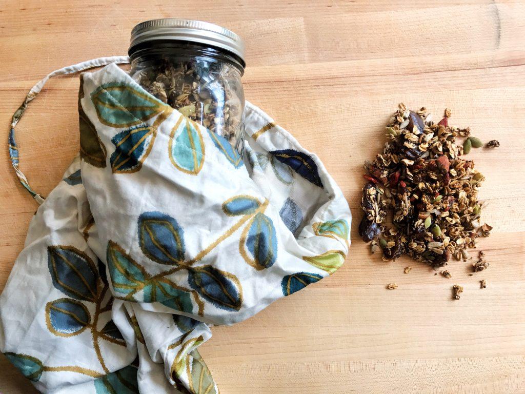 Vegan zero waste granola